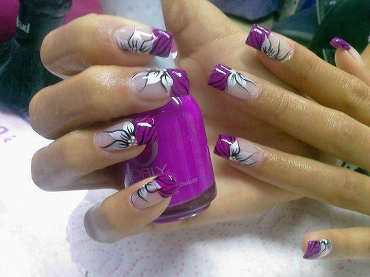 Purple flower nail polish for ladies