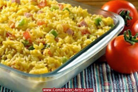Quantas calorias tem arroz no forno
