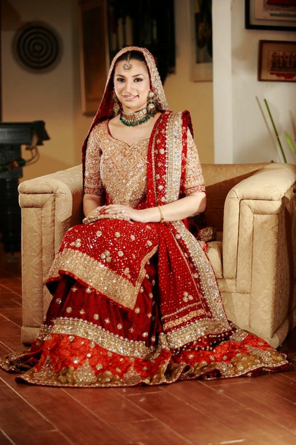 Latest Wedding Dresses 2014-15 Wallpapers Free Download