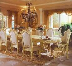 Exclusive Classic Dining Room Design