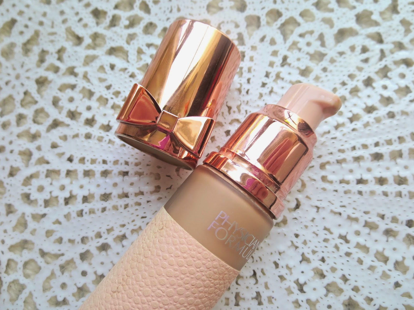 a picture of Physician's Formula Touch of Glow Foundation (pump)