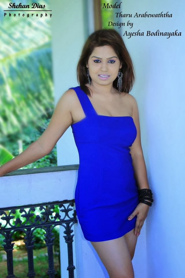 Tharu Arabewaththa hot in blue