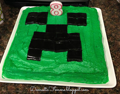 Minecraft Birthday Party: Creeper Cake #Parties #Birthdays #DIY #Character #Characters #Supplies #Idea #Ideas #TNT #Twizzlers #Torches #Chocolate #Dipped #Pretzel #Pretzels #Rods #Rods #Dirt #Brownie #Brownies #Coal #Rice #Krispies #Treats #Krispie #Crispie #Crispies #Zombie #Zombies #Boogers #Booger #Popcorn #Corn #Candy #Stickers #Enderman #Steve #Creeper #Printables #Printable #Cake #Instruction #Instructions #Instuctable #Instructables #Tutorials #Ghost