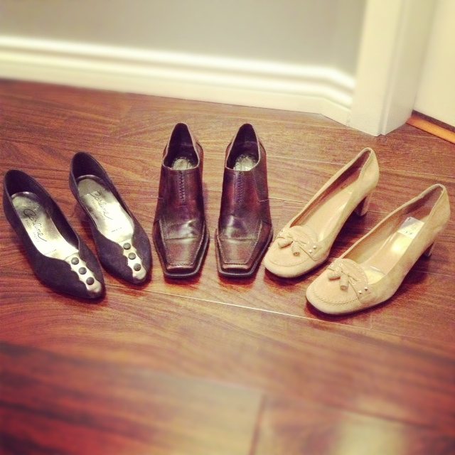 stuart weitzman shoes, brown loafers, vintage lady shoes from france, thrifted shoes