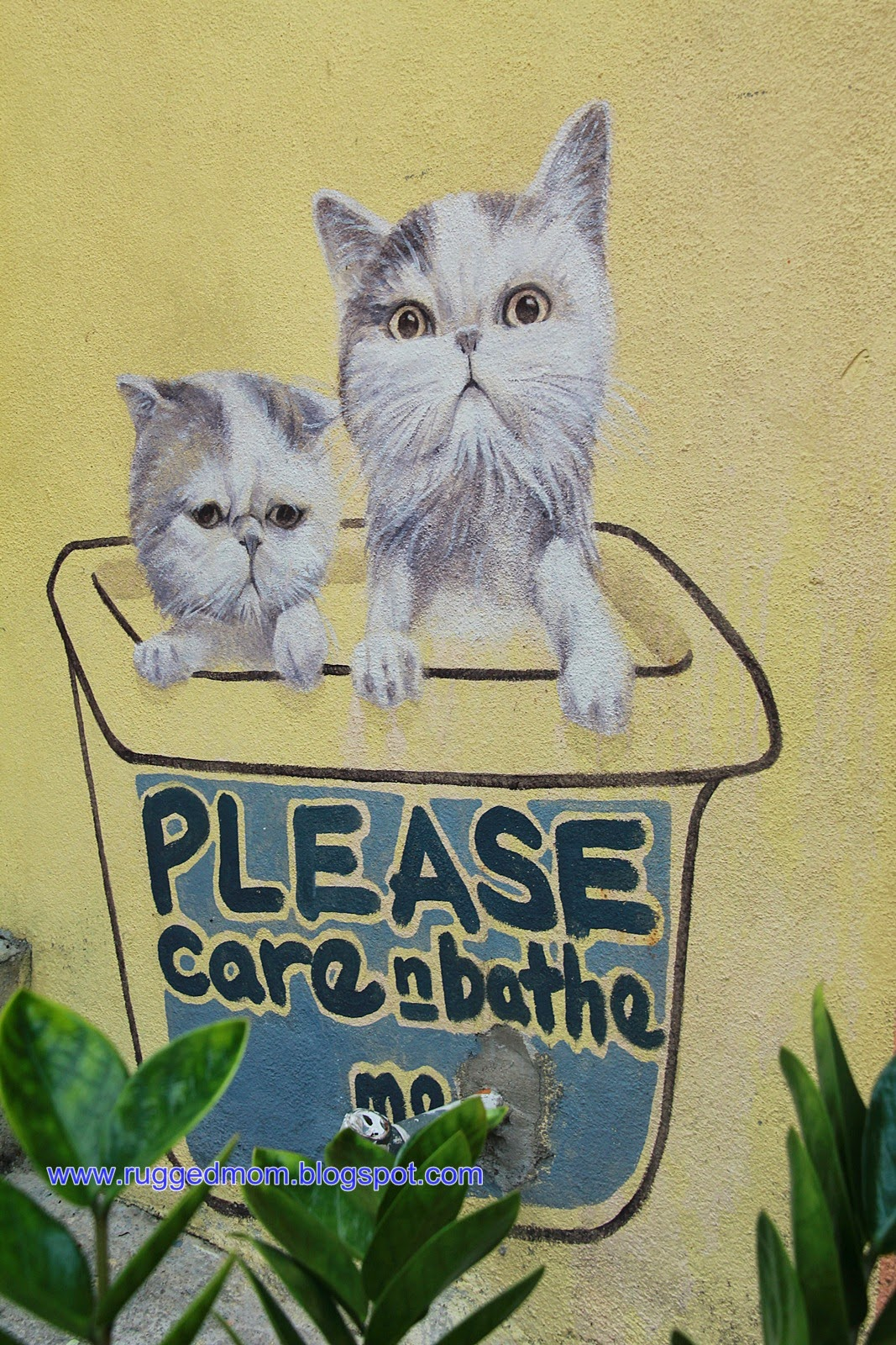 Cat Emas Pinang Padi Brother And Sister On A Swing At Gat Lebuh Chulia