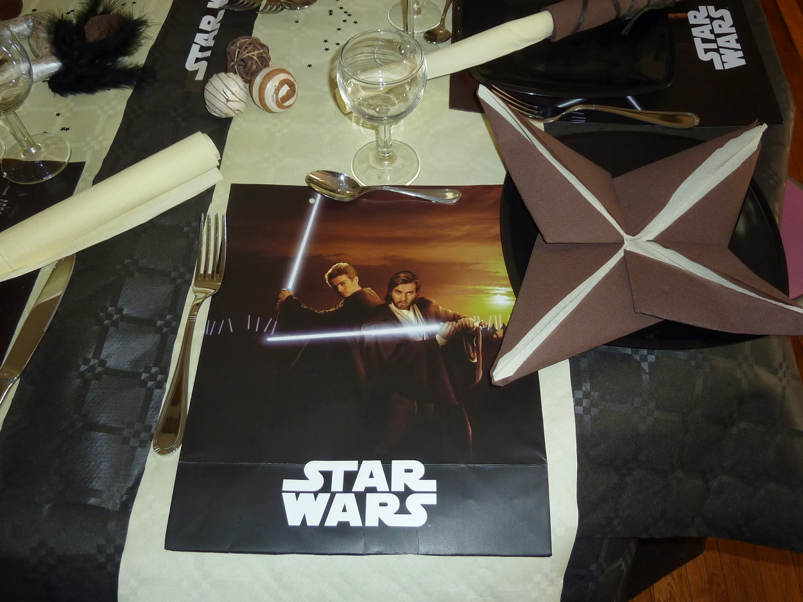 anelore scrap cie d coration de table star wars. Black Bedroom Furniture Sets. Home Design Ideas