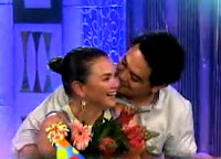 John Lloyd Kisses Angelica Banana Split November 10 2012