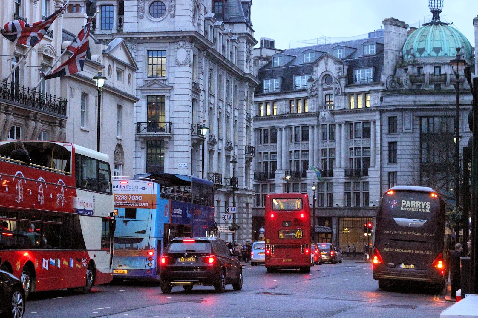Picadilly Buses - Photograph by Art Style Love