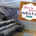 Sala com decoração contemporânea e em tons neutros. Casa da leitora – conheça!