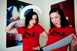 THE TWISTED TWINS!