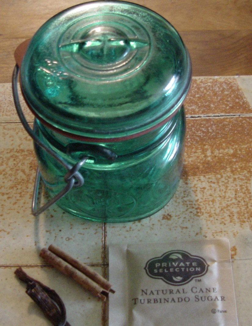... Tee-Tiny Tennessee Kitchen: A Pantry Trick- Vanilla Scented Sugar