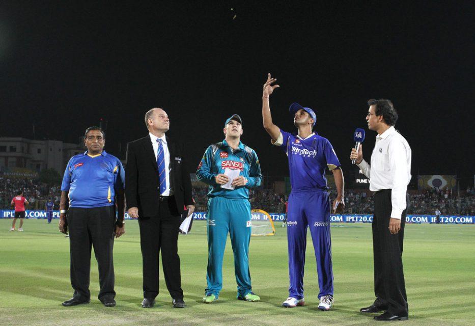 Aaron-Finch-Rahul-Dravid-RR-vs-PWI-IPL-2013