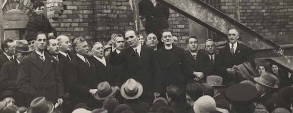 George Jefferies laying The City Temple's foundation stone