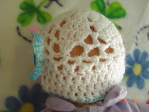 Motif hat for preemies