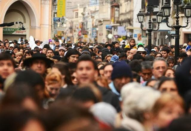 Unas 800 mil personas veneraron a la Virgen del Milagro en Salta 0916_virgen_milagro_g5.jpg_1853027551