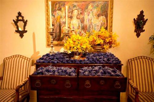 decoracao de festa azul marinho e amarelo:Adoráveis Monstrinhos: FESTA AZUL E AMARELA