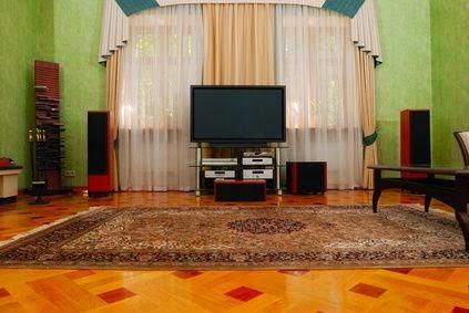 Ruang tamu tanpa sofa 5
