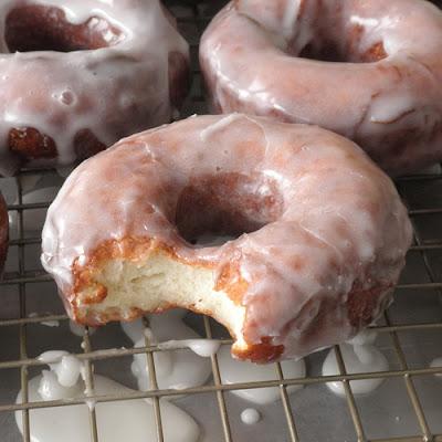 Food Pusher: Gluten Free Raised Donuts