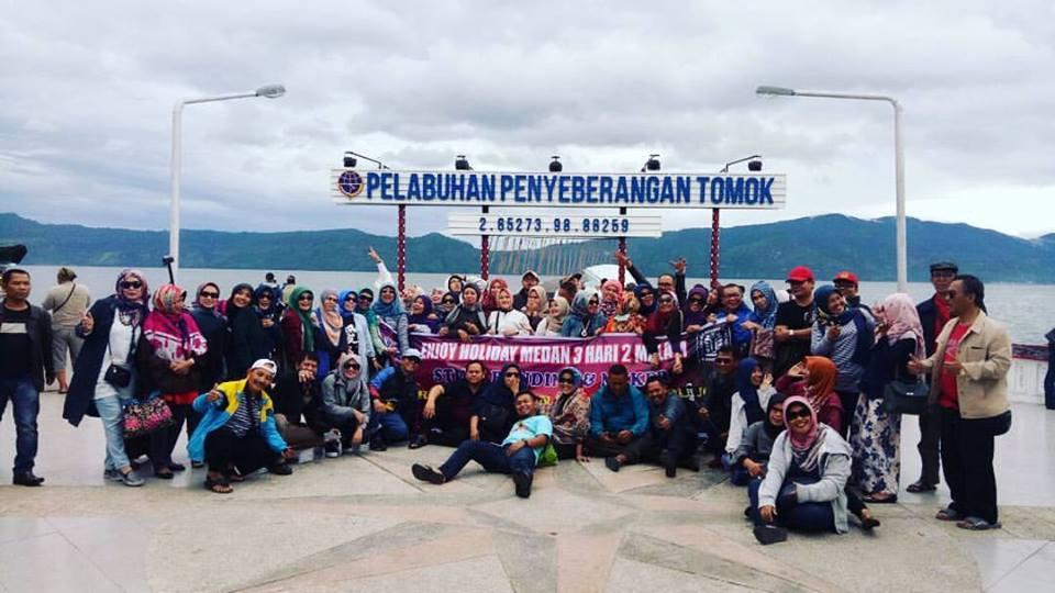 Paket Wisata Danau Toba 3 Hari 2 Malam + Kunker Bersama Rombongan Guru & KepSek SMAN 3 Bandung
