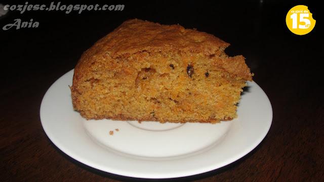 Ciasto marchewkowe z bakaliami i cynamonem, ciasto z marchewki