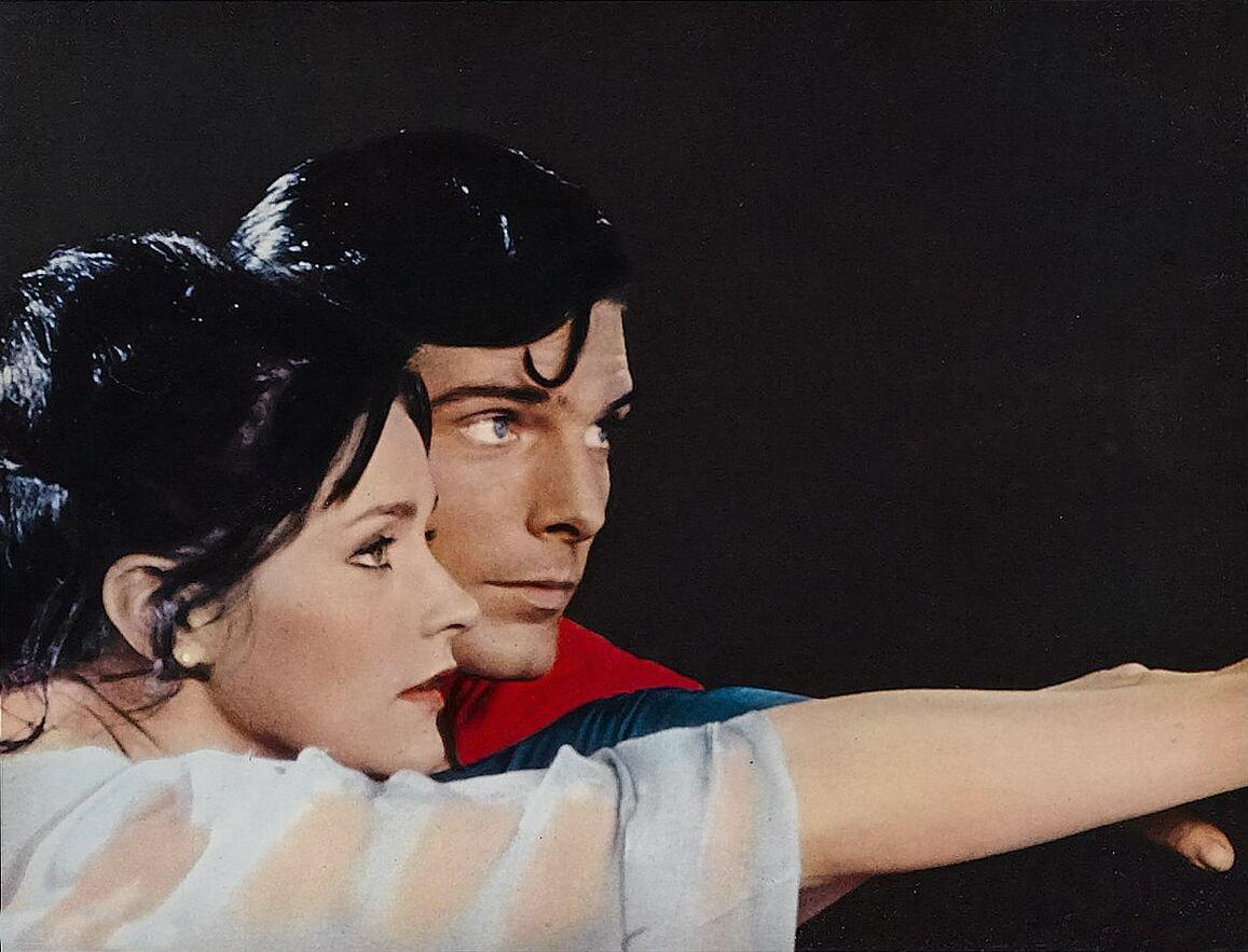http://1.bp.blogspot.com/-a4y7kI2Uyrk/UFe1MCzbqEI/AAAAAAAAAs8/3xsT4bES6mU/s1600/1+ch+Superman+y+Lois+(3).jpg
