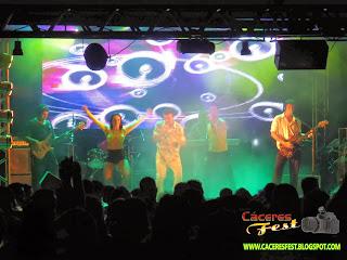http://caceresfest.blogspot.com.br/2013/12/baile-do-hawaii-iate-clube-veja-mais.html