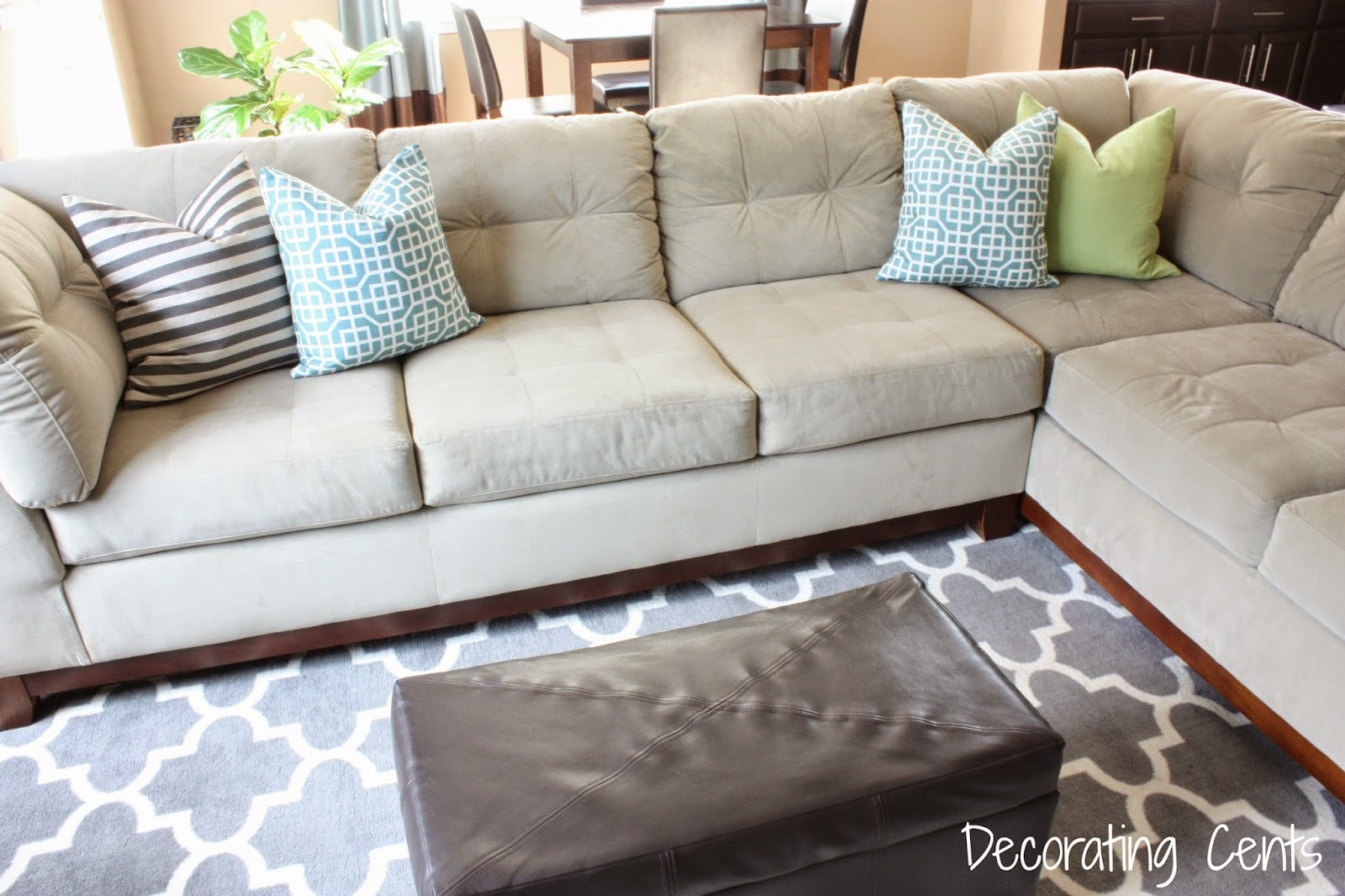 Decorating Cents: Napkin Pillow Covers
