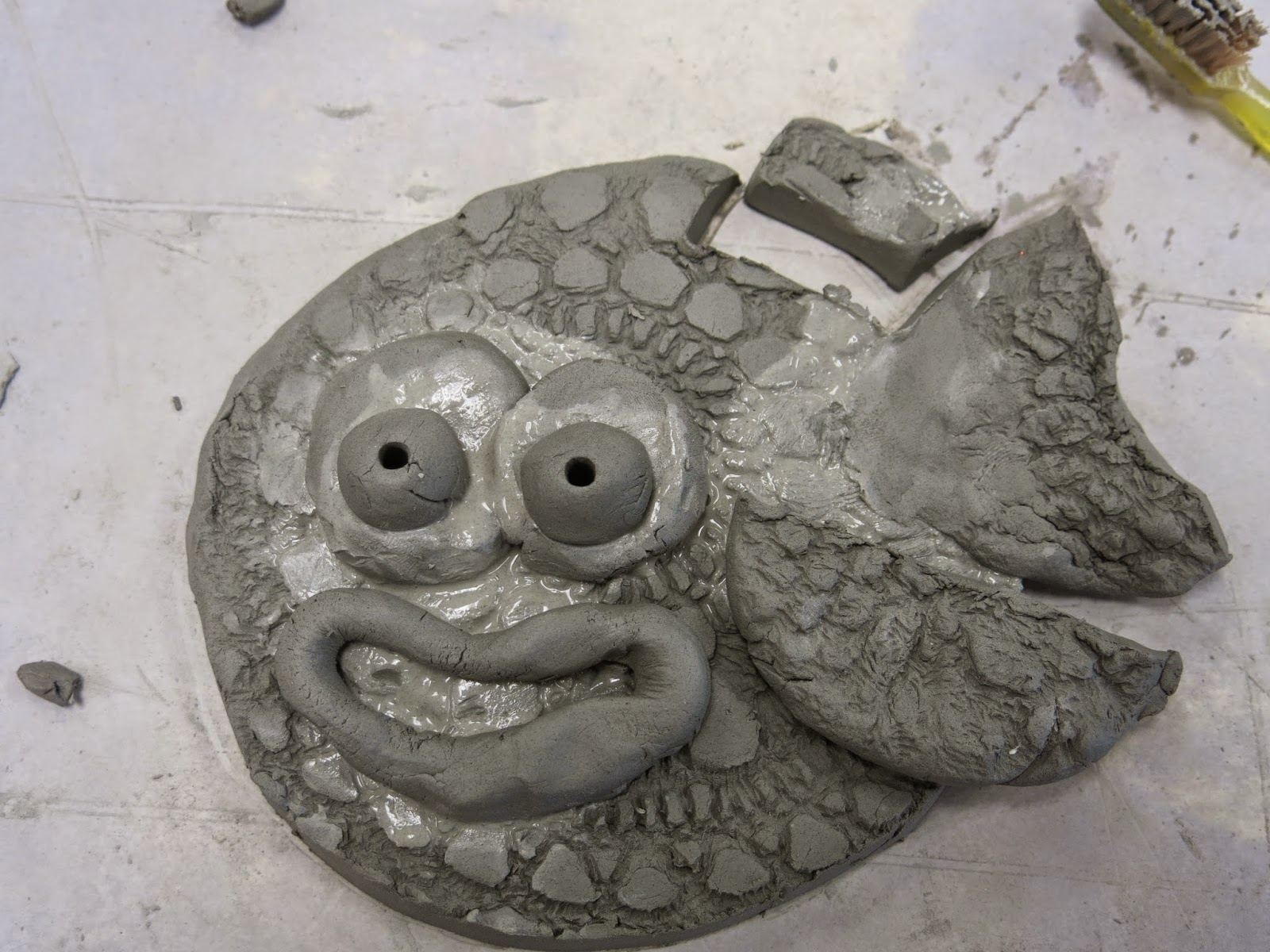 Cassie Stephens: In the Art Room: First Grade Slab Fish ...