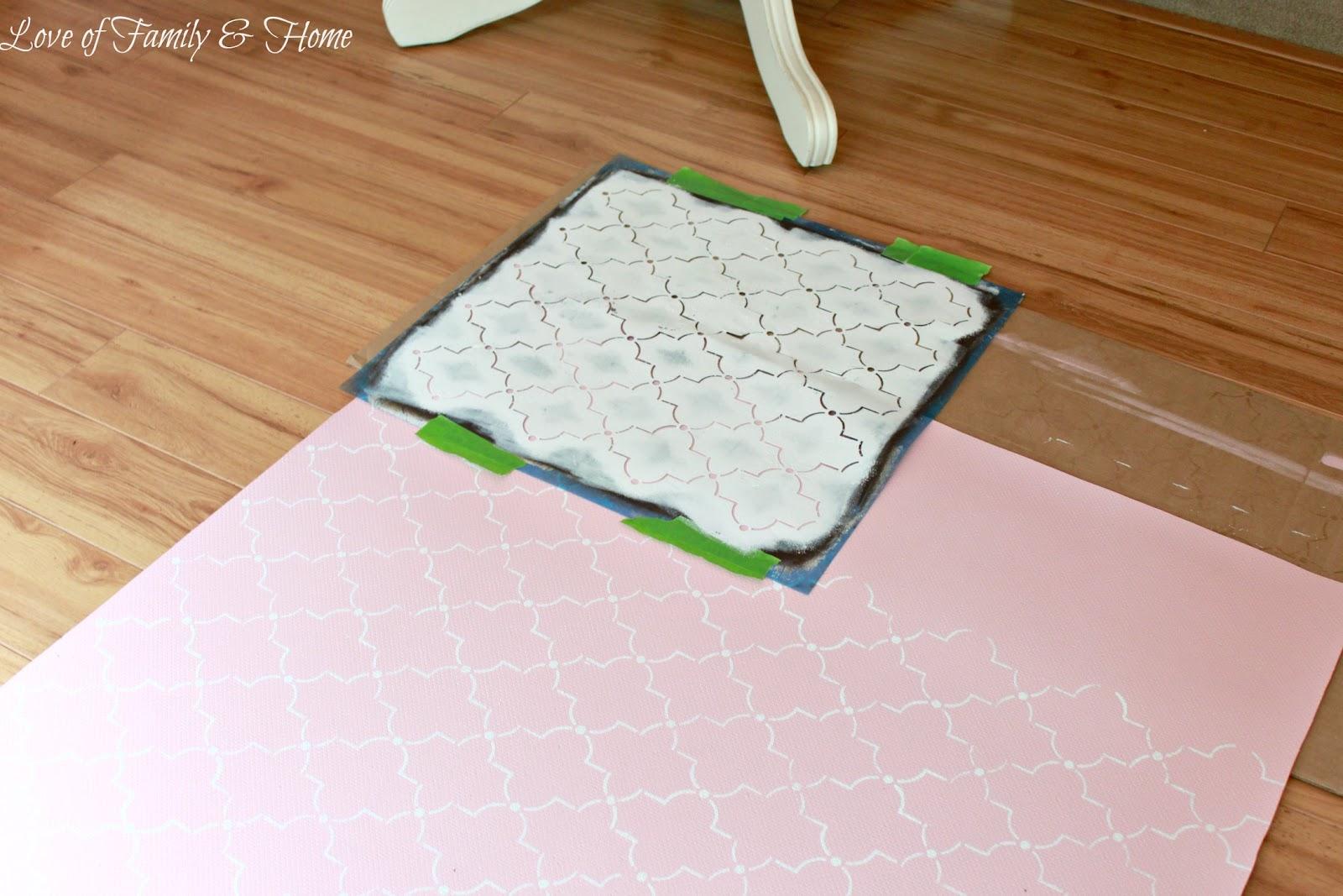 http://1.bp.blogspot.com/-a5XOew9ntKU/UEd9Ax49lfI/AAAAAAAAJJI/8ubmQWWf-YE/s1600/Painted%2BRug%2BFrom%2BVinyl%2BFlooring%2B026%2Bedited.jpg
