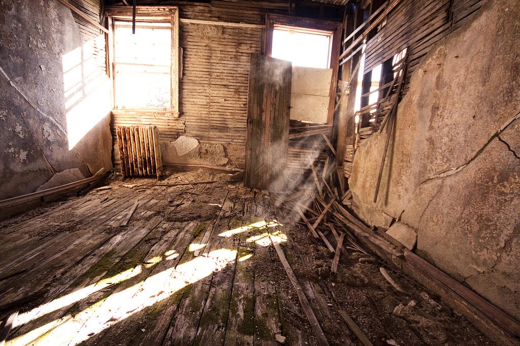 Inside Abandoned Buildings | www.imgkid.com - The Image ...