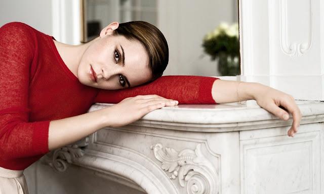 "<img src=""http://1.bp.blogspot.com/-a5nbPfUPhHs/Uf_Pvu3MtLI/AAAAAAAADQA/pZMpLMVeFFY/s1600/emma_watson_in_red-wallpaper-1280x768.jpg"" alt=""Emma Watson wallpaper"" />"