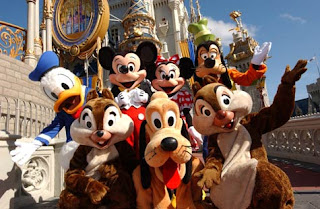 A Walt Disney World é a opção para passear e treinar o inglês