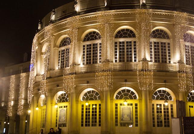 blog Rennes la paillette décorations Noel guirlandes lumineuses opéra