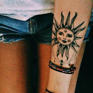 солнце в стиле мехенди