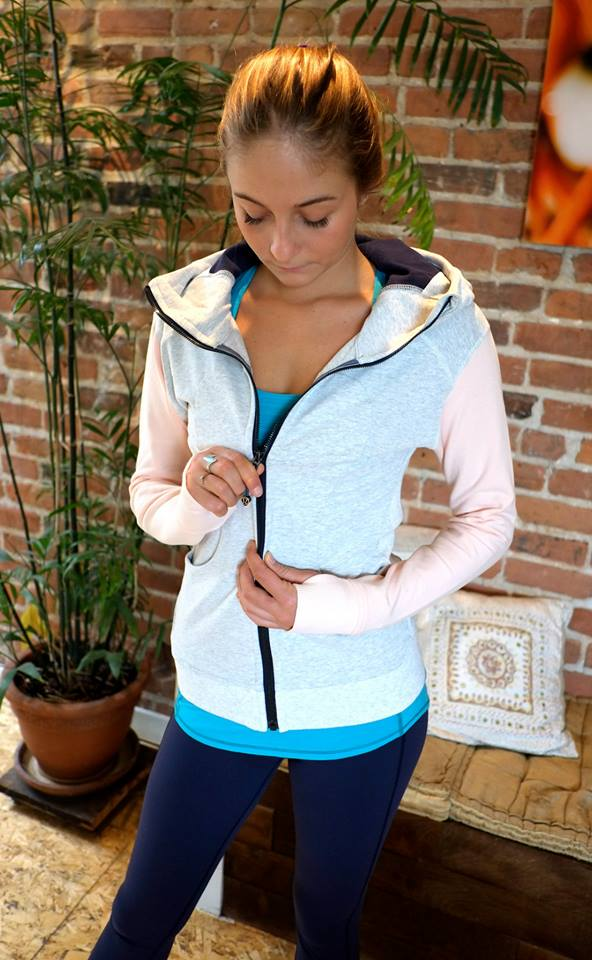 lululemon-butter-pink-on-the-daily-hoodie