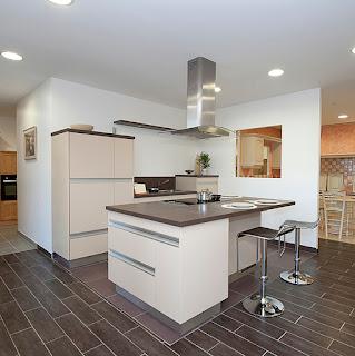 le blog de caradec cr ations en janvier offrez vous une cuisine de cr ateur un prix. Black Bedroom Furniture Sets. Home Design Ideas
