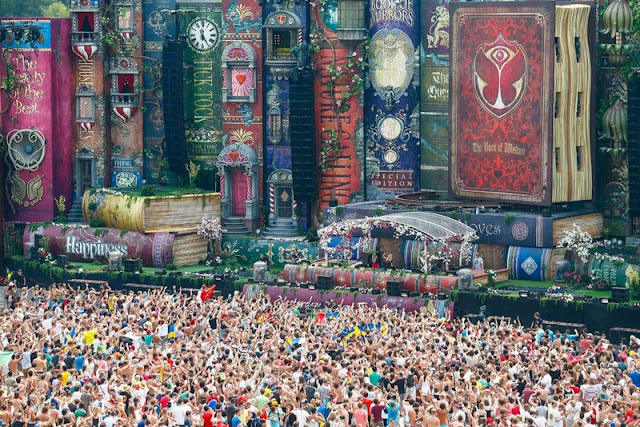 Main Stage at Tomorrowland
