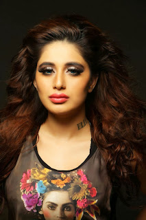 Model Actress Alisa Khan Latest Hot Picture Shoot Gallery CelebsNext 0005.jpg