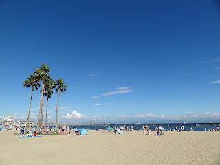 海でも暑い。熱中症対策を・・・