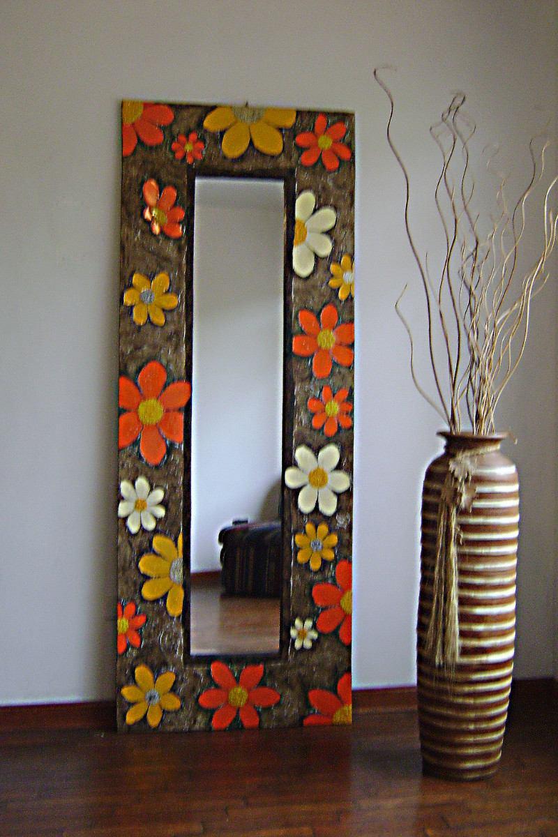 Revista empresarial espejos decorativos hechos a mano for Espejos decorativos de pie