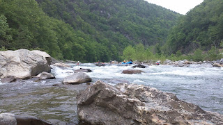 Rooster Tail Rapid, Nolichucky River