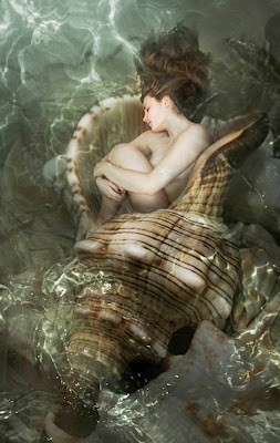mujeres-arte-surrealista-oleo