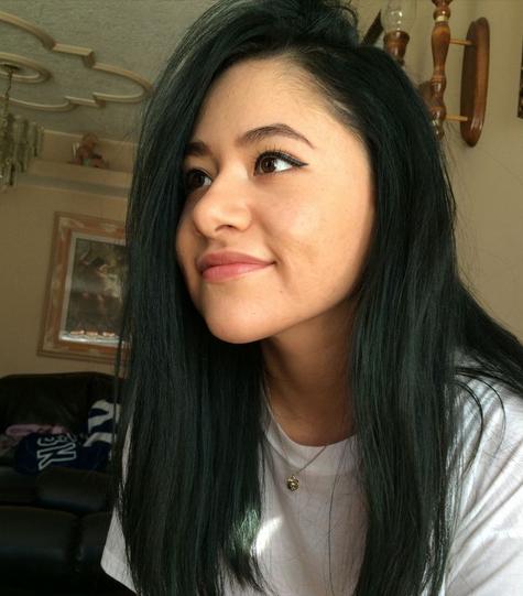 warna rambut hitam untuk kulit kuning langsat