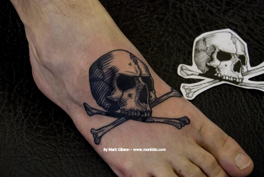 Monki do tattoo studio january 2013 for Skull and crossbones tattoo