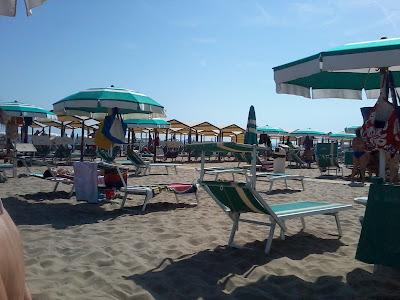 The italian beach experience rimini and riccione lazio explorer - Bagno 99 riccione ...