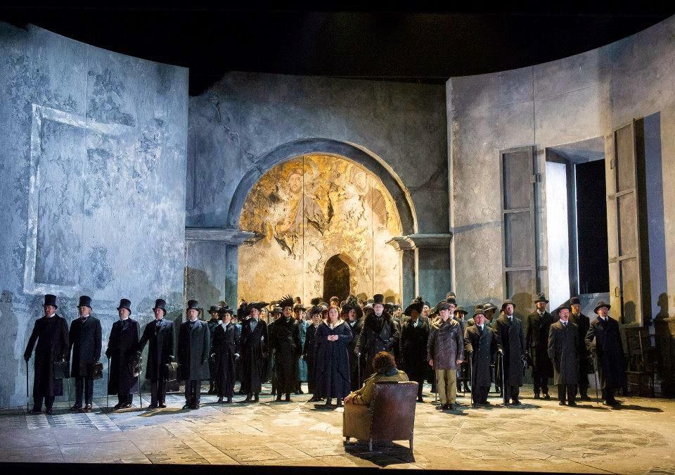 Stuart Skelton, Barnaby Rea, Leah Crocetto and chorus in act three of Verdi's Otello at English National Opera - photo Alastair Muir
