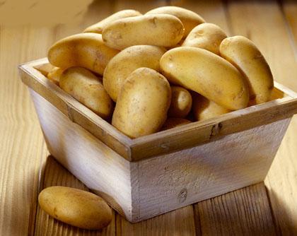 Cách làm mặt nạ khoai tây giúp da đẹp và trắng sáng