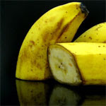 How to Photograph a Banana - Yellow on Black