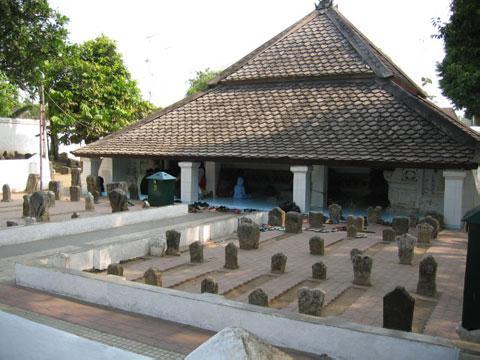 Makam Sunan Bonang Tuban