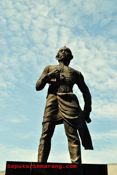 Gambar Patung Raden Saleh